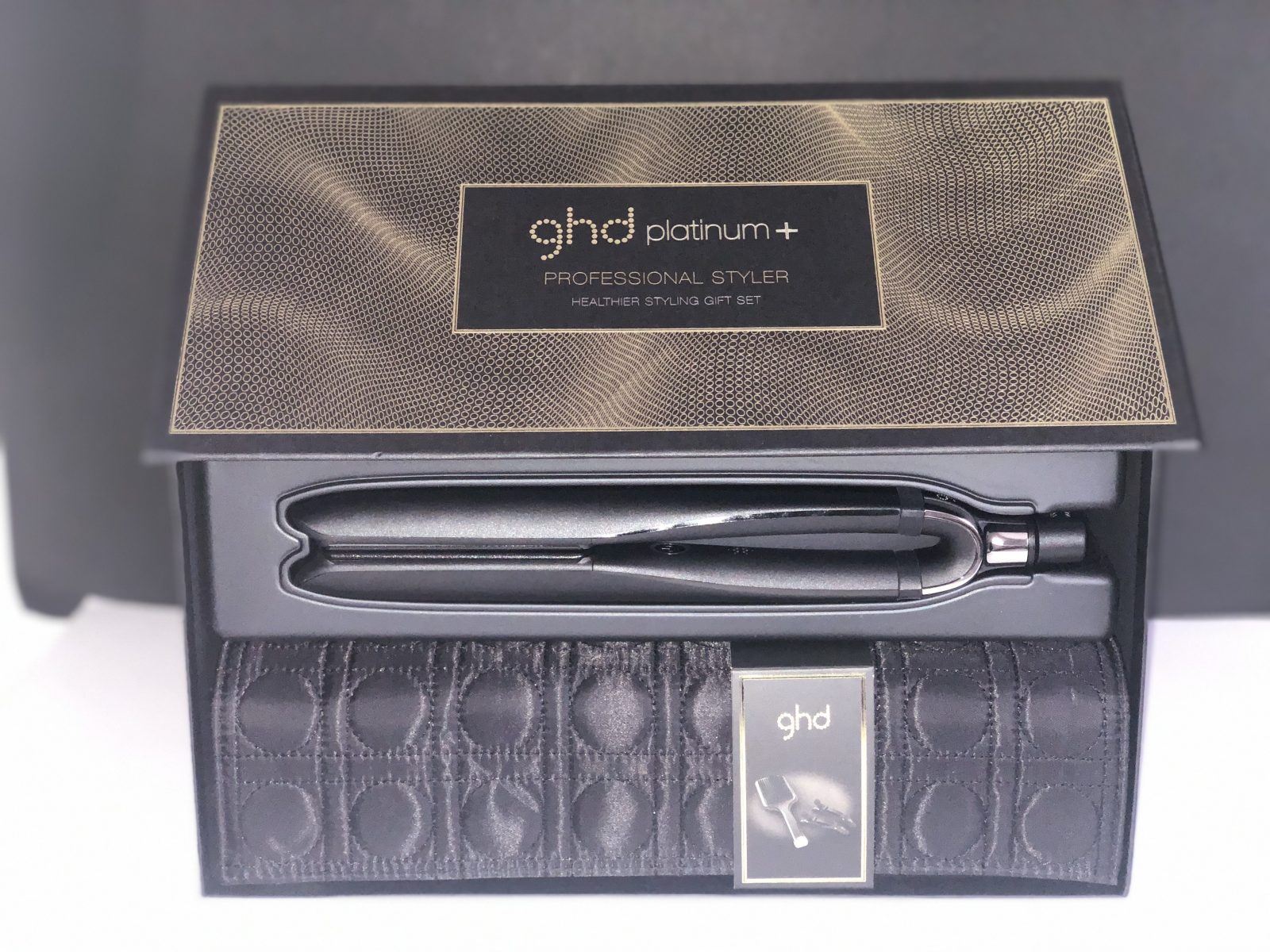 GHD Platinum + Gift Set