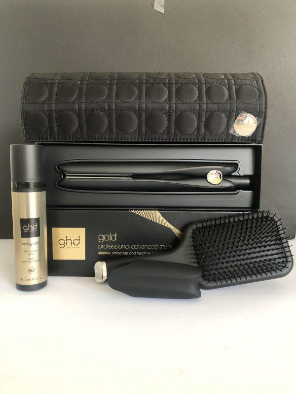 Set GHD Gold + Bodyguard heat spray + Cepillo Paddle + Bolsa Termica